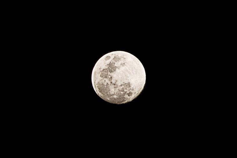 Moon van BL Photography