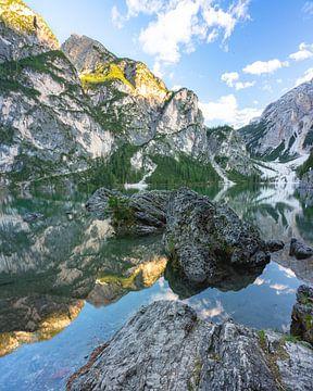 Mountain Reflections van Sonny Vermeer