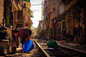 Vietnamese trein straat van Joey Ploch