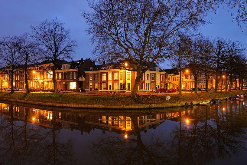 Weerdsingel Oostzijde in Utrecht ter hoogte van de Begijnekade van Donker Utrecht