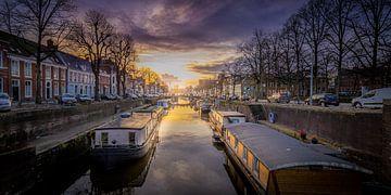 Zonsondergang Noorderhaven, Groningen van Stad in beeld