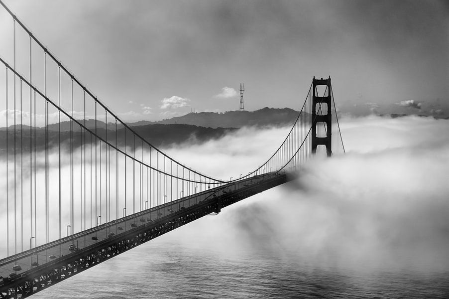 Crossing into San Francisco van Wim Slootweg