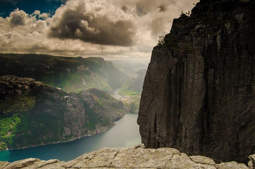 Preikestolen - Noorwegen van Ricardo Bouman