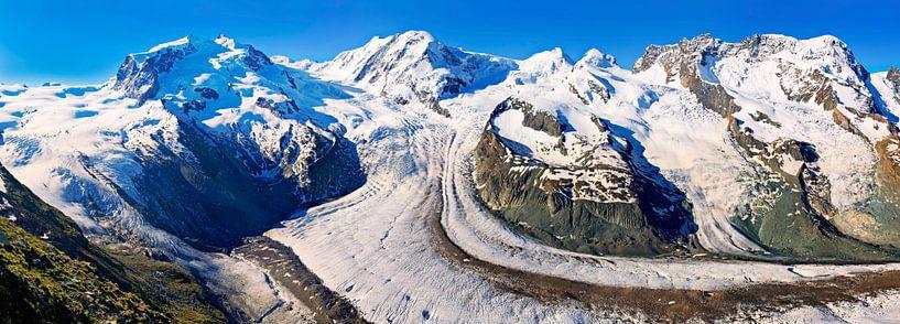 Panorama Gornergletscher in de Alpen van Anton de Zeeuw