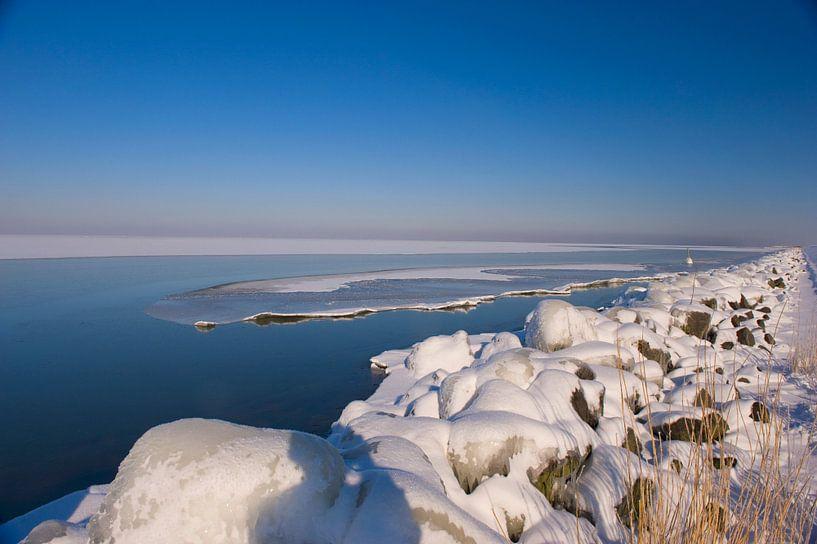 Winter landscape  van Brian Morgan