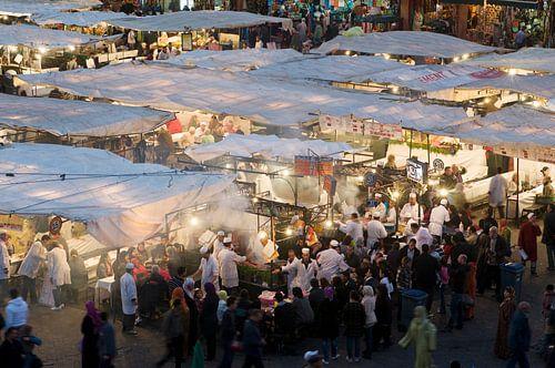 Restaurants op Djeema-el-fna Marrakesh Marokko
