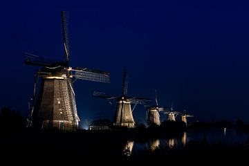 Die Mühlen von Kinderdijk von Erwin Maassen van den Brink
