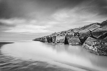 Scheveningen Harbour von Tom Roeleveld