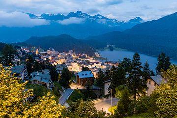 St. Moritz-Dorf im Engadin in der Schweiz von Werner Dieterich