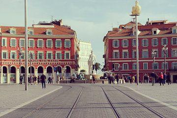 Das Stadtzentrum von Nizza und der Place Masséna, an der französischen Riviera von Carolina Reina