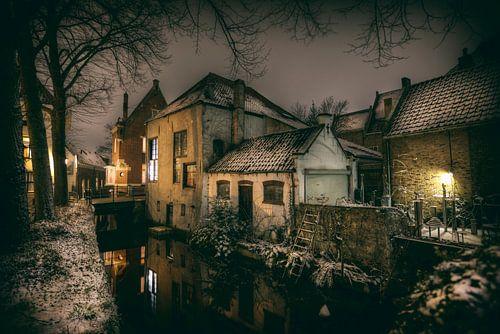 Historische centrum van Gouda in de sneeuw
