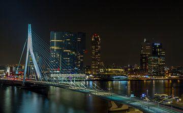 La ligne d'horizon de Rotterdam pont Erasmus sur MS Fotografie | Marc van der Stelt