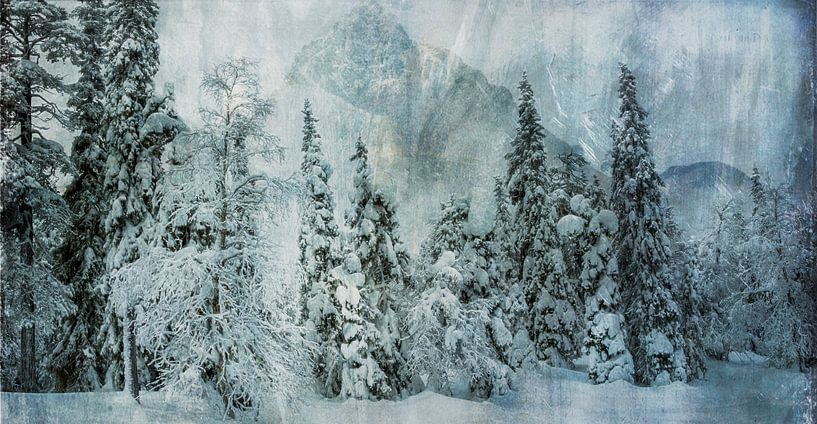 Sneeuwlandschap met bomen en bergen van Rietje Bulthuis