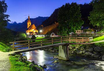 Ramsau Malerwinkel en de wereldberoemde lokale kerk van St. Sebastian bij Berchtesgaden van Frank Herrmann