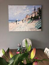 Klantfoto: De promenade van Trouville, Claude Monet, op canvas