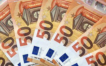 Zahlreiche 50 Euro Scheine in Nahaufnahme von MPfoto71