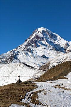 Kazbeg berg van Juul van Wandelen