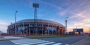 Stadion de Kuip bij zonsopkomst
