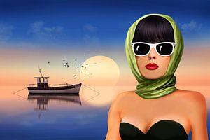 De dame maakt vakantie aan zee