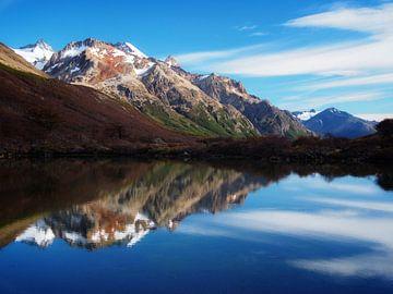 Bergen spiegelt sich in mehr von Sander van Doeland
