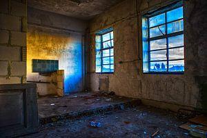 Decay von Casper De Graaf