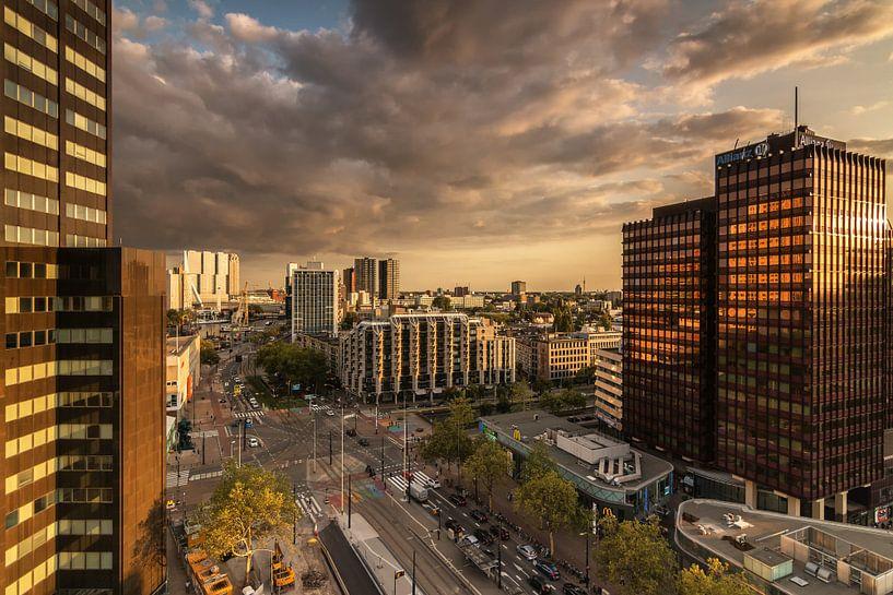 Golden hour in Rotterdam van Ilya Korzelius