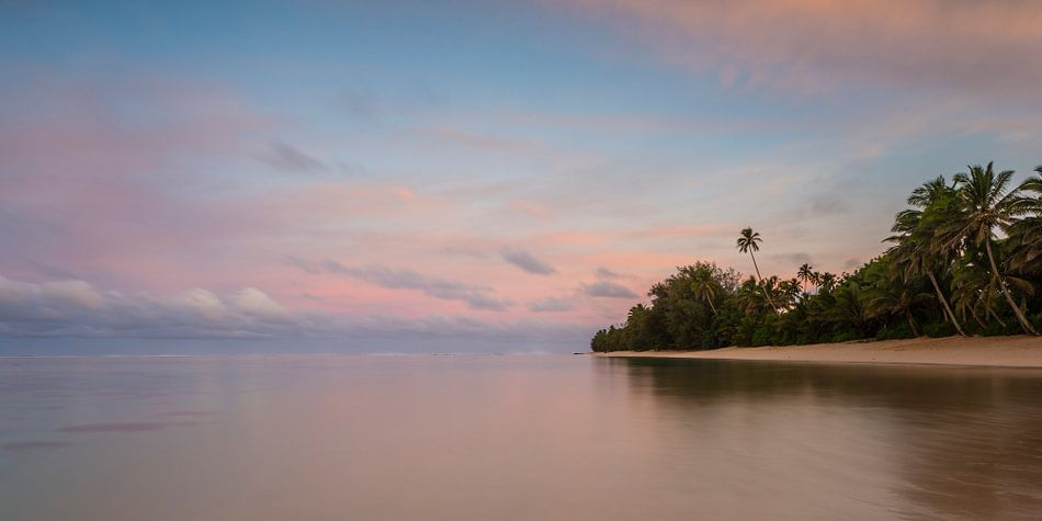 Zonsopkomst Rarotonga van Laura Vink