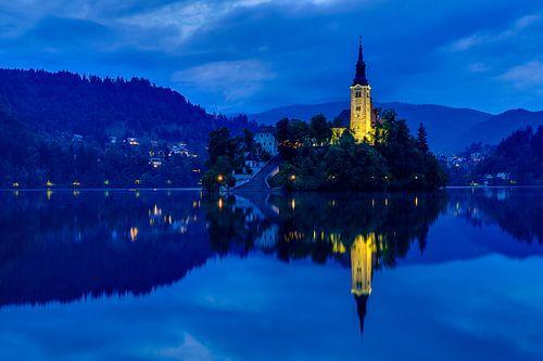 Magical Bled at dawn von Marcel Tuit