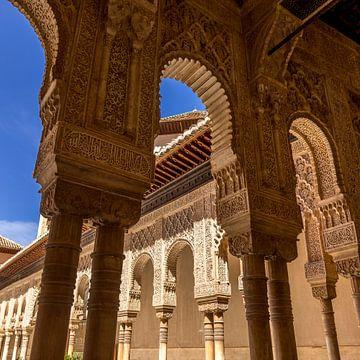 Alhambra de Granada, Patio de Los Leones. van Hennnie Keeris