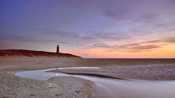 Texel vuurtoren bij zonsondergang sur John Leeninga