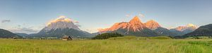 Alpenpanorama bij Ehrwald in Oostenrijk