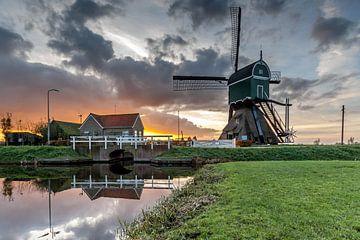 Gouden zonsondergang bij de molen von Stephan Neven