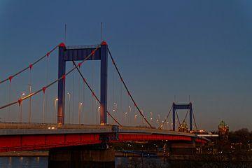 Le pont Friedrich-Ebert à Duisburg (7-19862) sur Franz Walter