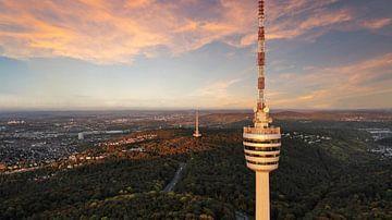 La tour de télévision de Stuttgart au coucher du soleil sur Capture ME Drohnenfotografie