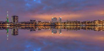 Sonnenuntergangspanorama Rotterdam von Patrick Herzberg