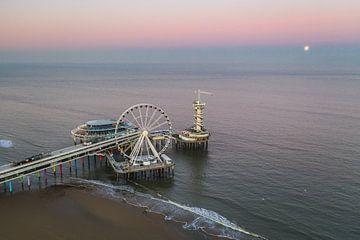 Der Pier Scheveningen! Vollmond! von Peter Haastrecht, van