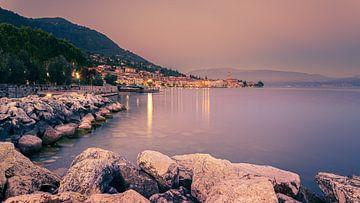 Zonsondergang in Salo, Gardameer, Italië van Henk Meijer Photography