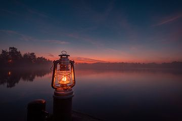 Vuurhand naar de zonsopgang van Marc-Sven Kirsch
