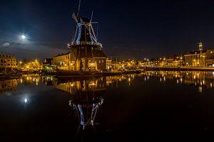 Nachtzicht op Haarlem van