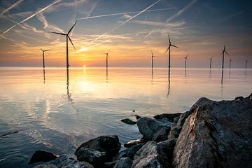 Lever du soleil sur un lac en miroir sur Fotografiecor .nl