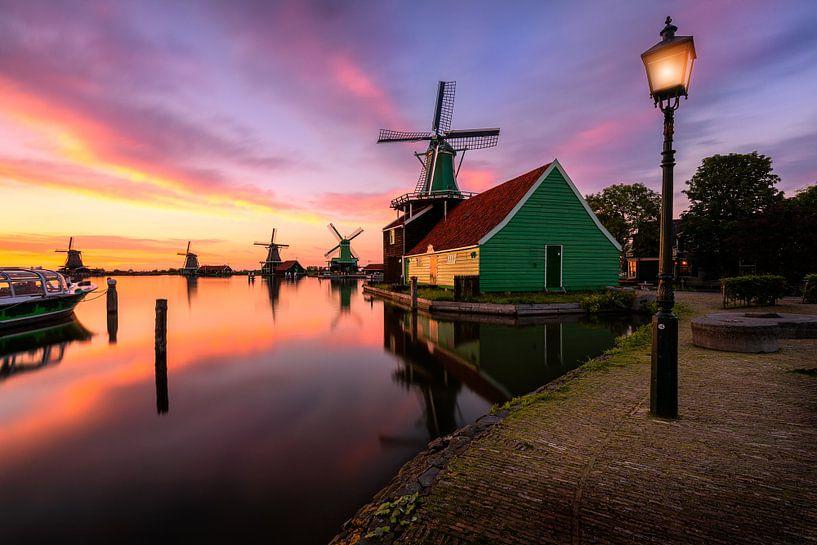 Sunset serenity at the windmill village von Costas Ganasos