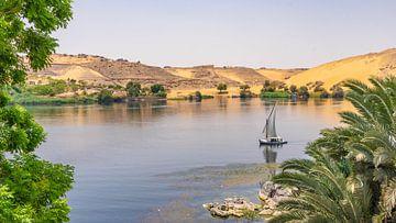 Feluken am Nil in Assuan (Ägypten) von Jessica Lokker