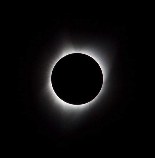 zonsverduistering, corona, zonnevlammen, eclips, USA, Agate Fossil, 21 augustus 2017, zon, complete  van Ronald Jansen