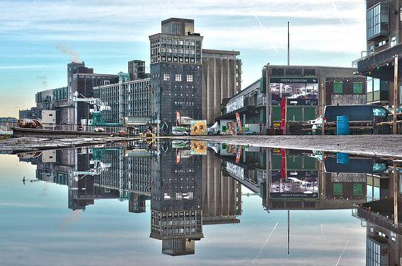 Graansilo en Fenixloodsen op Katendrecht, Rotterdam van Frans Blok
