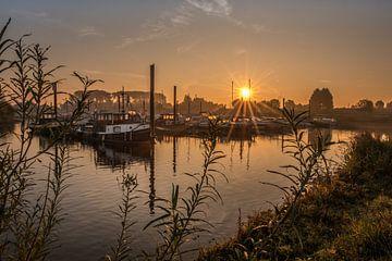 Prachtige zonsopkomst bij haven von Moetwil en van Dijk - Fotografie
