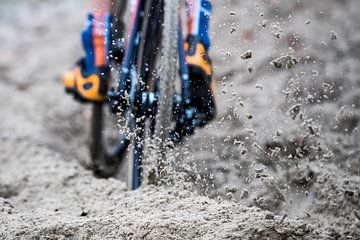 Los zand (cyclocross) sur Leon van Bon