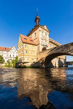 Oud stadhuis aan de Regnitz in Bamberg van Werner Dieterich