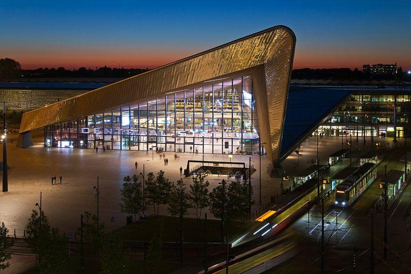 Centraal Stationshal Rotterdam van Anton de Zeeuw