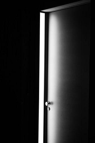 Licht door de deur