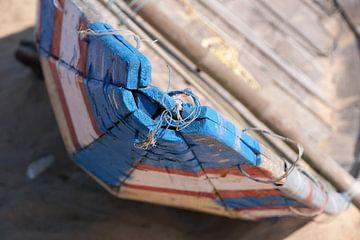 Blauw gemerkte vissersboot van Johan Michielsen